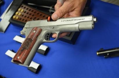 Готовый к отправке пистолет Кольт М1911