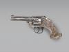 Револьвер Smith & Wesson с серебряным орнаментом