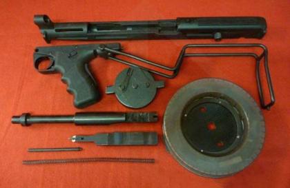 Пистолет-пулемет MGV-176 под патрон калибром .22LR