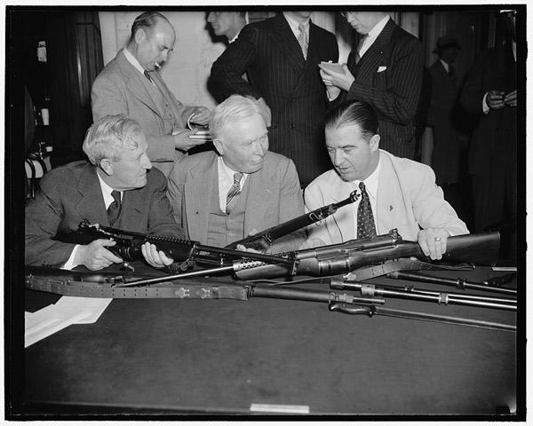 Обсуждение винтовки Джонсона М1941 в конгрессе США