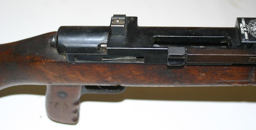 Ручной пулемёт Mendoza. Ствольная коробка