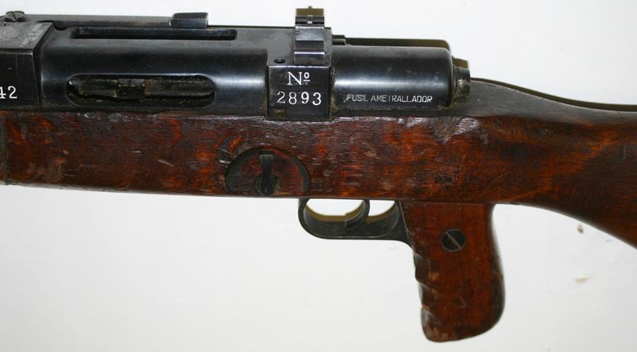 Ручной пулемёт Mendoza. Переводчиков режимов огня