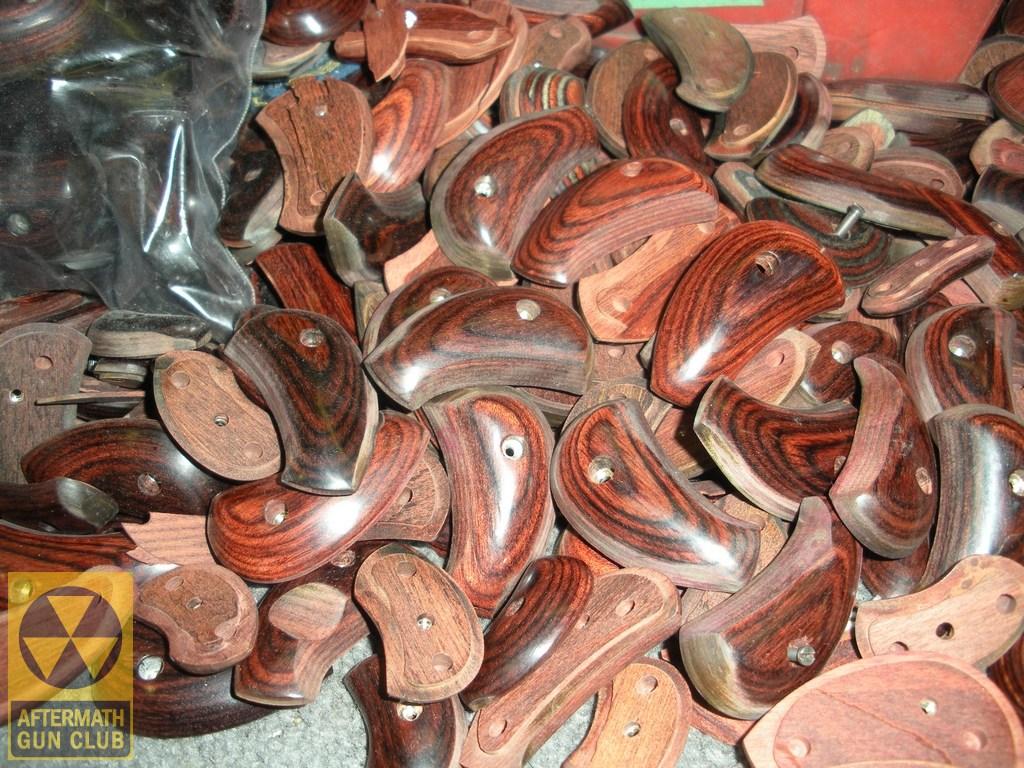 Готовые щечки для обкладки рукоятки револьвера
