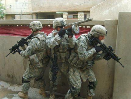 Американский солдат с ППШ