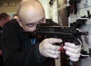 Полуавтоматический пистолет-пулемет BRS-99, Польша под патрон 9 мм