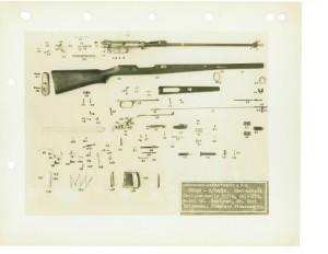 Самозарядная винтовка фирмы Rheinmetall образца 1928 года. Полная разборка. Винтовка состоит из 125 деталей.