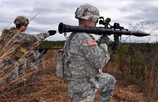 Испытания RPG-7 Airtronic USA Inc. в США. Американской версии советского гранатомета РПГ-7