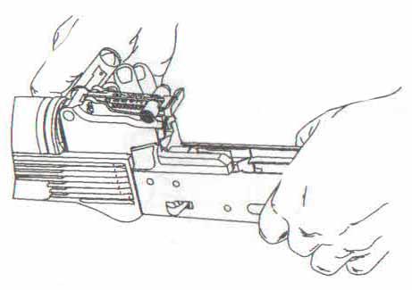 Карабин Сайга - поворот чеки с помощью пенала
