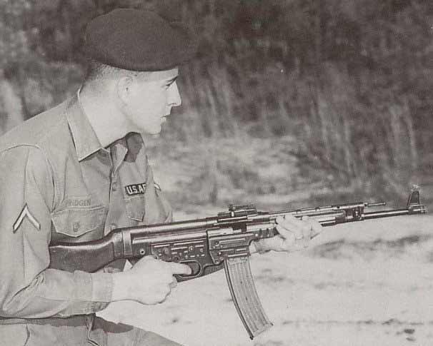 Легендарный штурмгевер STG 44 захваченный у вьетконга